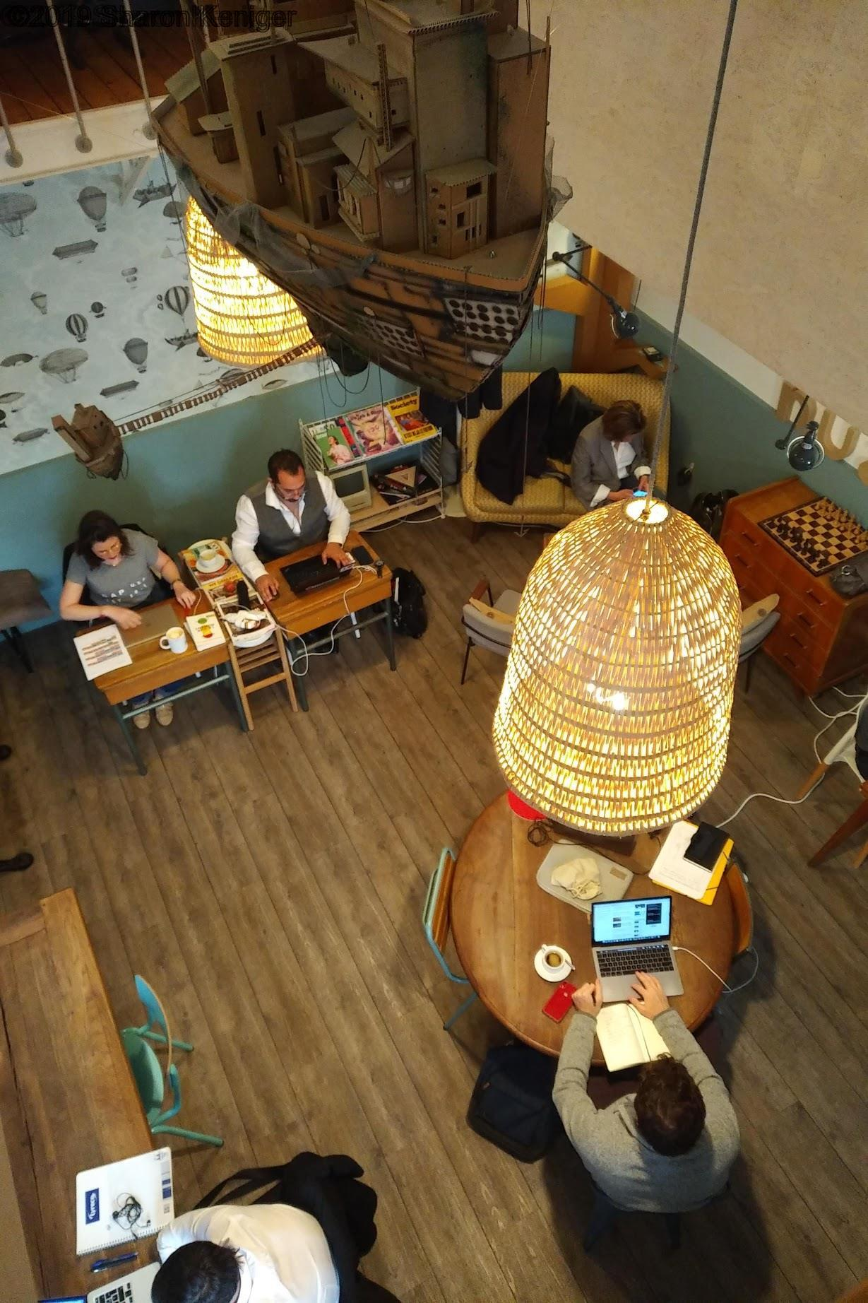 Coffee shop Nuage Café , interior